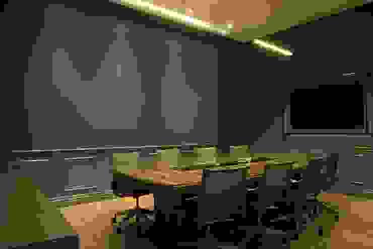 Gray Arquitectura Estudios y despachos modernos de GRAY Arquitectura & Forma Moderno