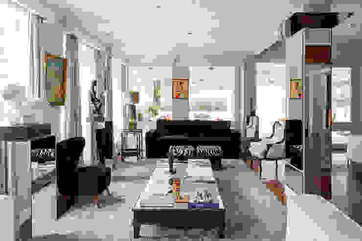 Modern living room by hv2 Modern