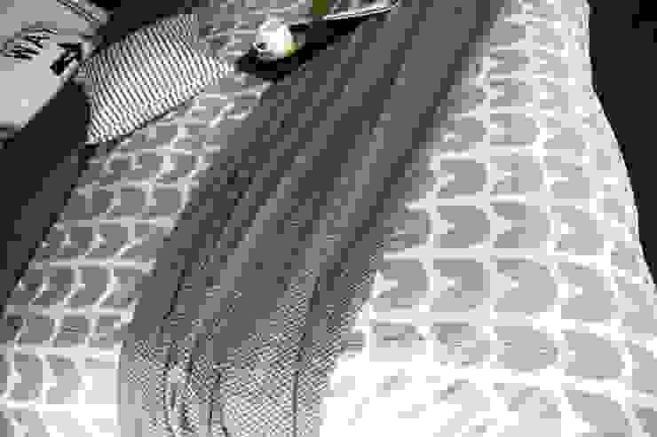 gray knit blanket: looms703의 스칸디나비아 사람 ,북유럽