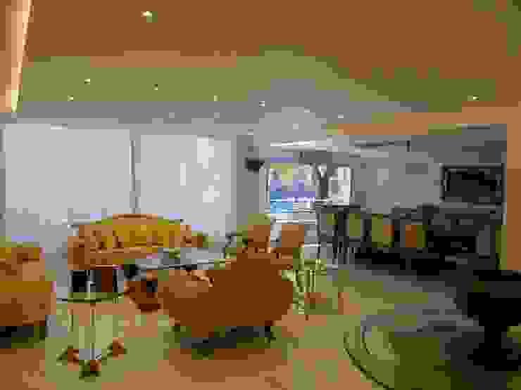Living con Comedor integrado Livings modernos: Ideas, imágenes y decoración de Estudio BASS Arquitectura Moderno