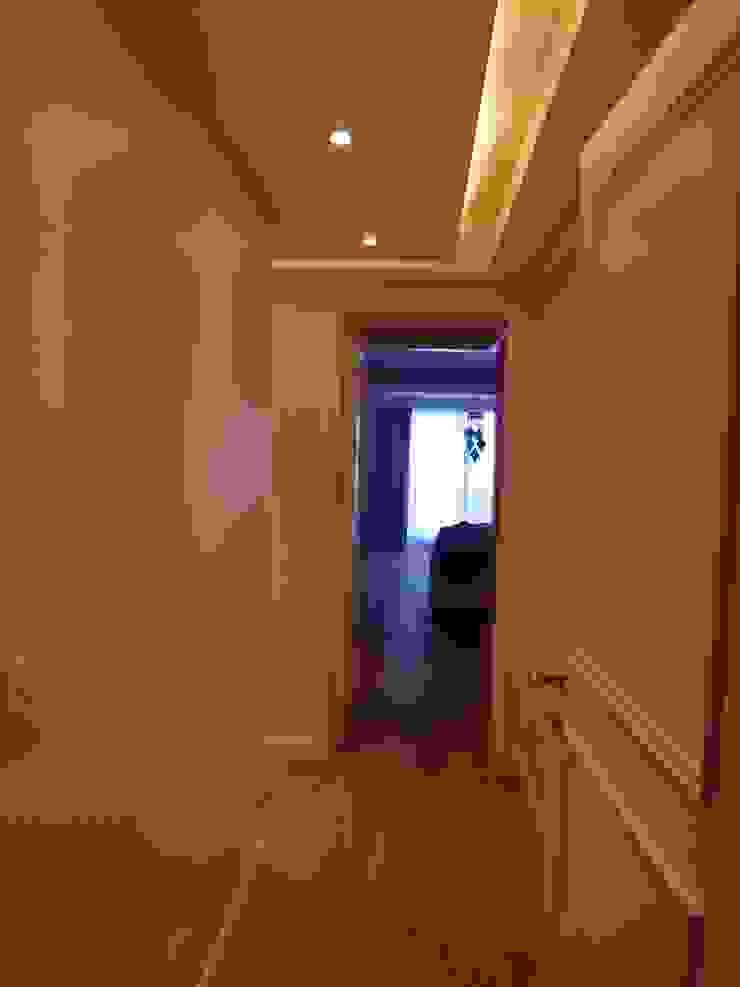 Pasillos privados Pasillos, vestíbulos y escaleras modernos de Estudio BASS Arquitectura Moderno