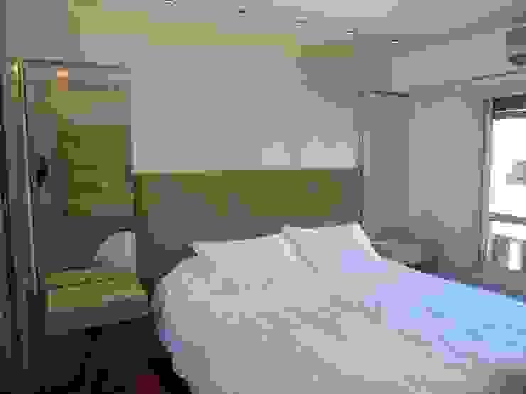 Dormitorio Suite Dormitorios modernos: Ideas, imágenes y decoración de Estudio BASS Arquitectura Moderno