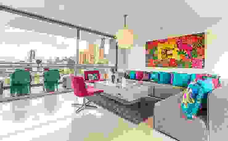 Living room by Cristina Cortés Diseño y Decoración ,