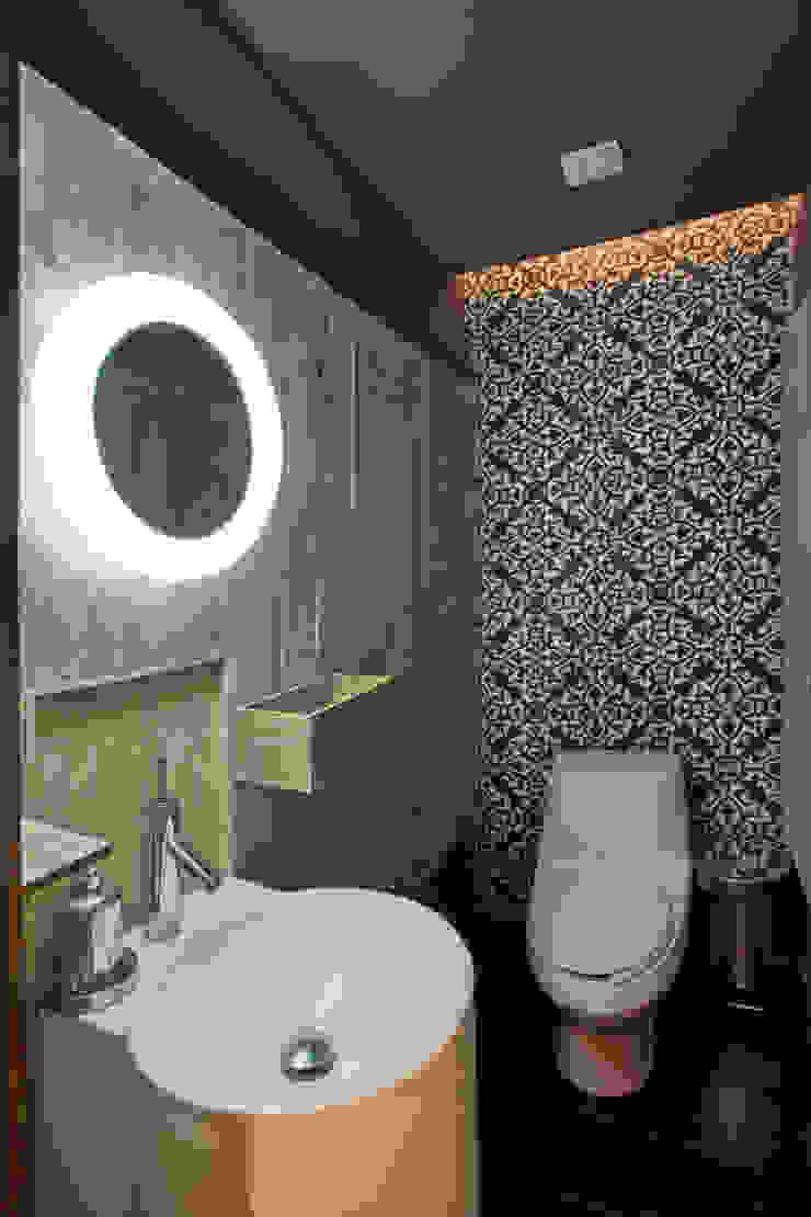 Baños de estilo moderno de ARCO Arquitectura Contemporánea Moderno