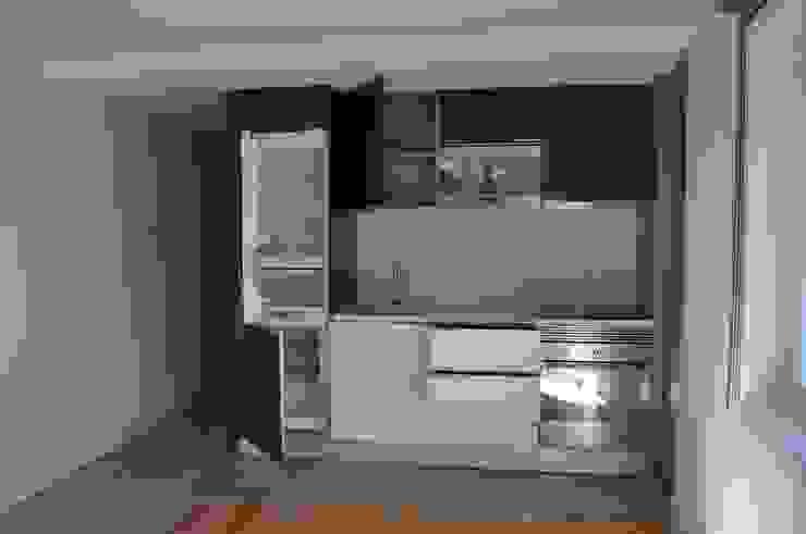 Cocinas de estilo moderno de Pedro Ferro Alpalhão Arquitecto Moderno