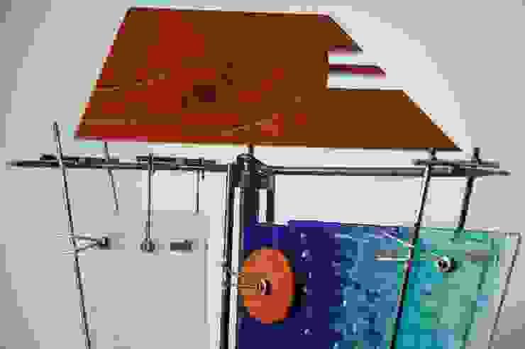Escultura ''Poder en Equilibrio'' Indigo Glass Art ArteEsculturas Madera Multicolor