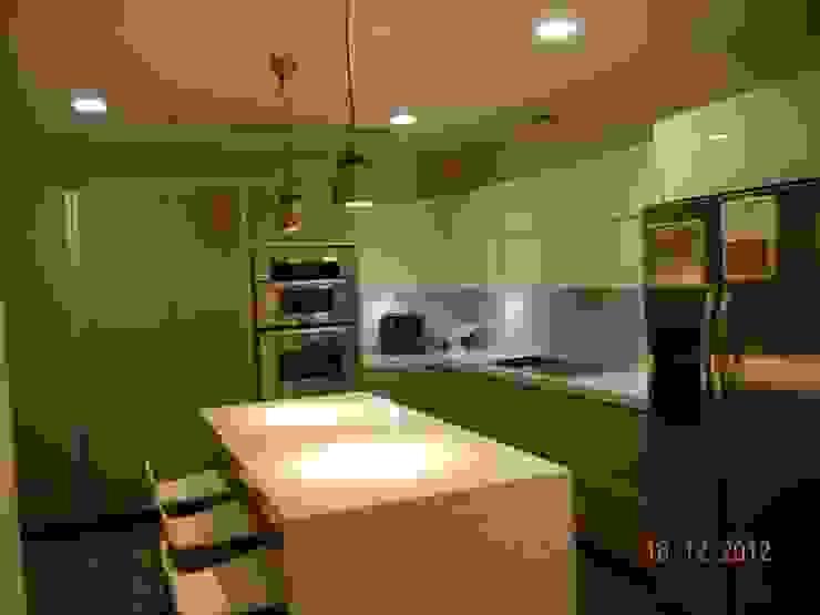 Interiores Depto. Torre Chipinque Cocinas modernas de galan arquitectos Moderno