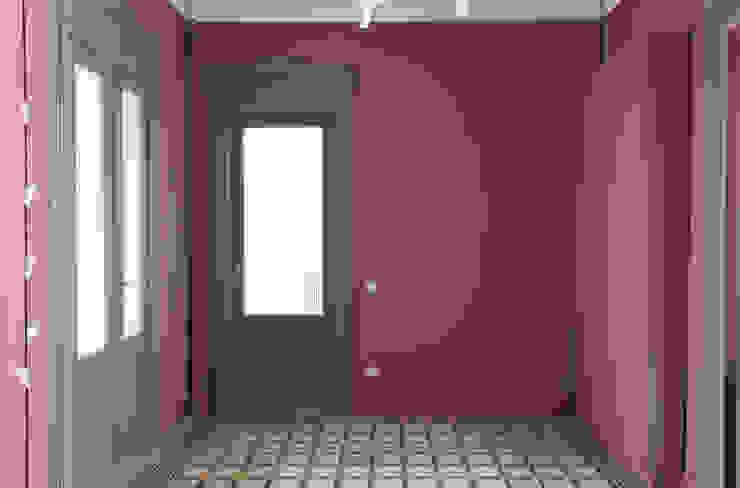 Casa Fenoglio 現代風玄關、走廊與階梯 根據 hom Architetti 現代風
