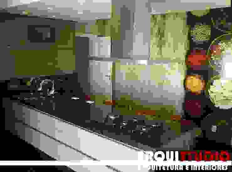 cozinha Cozinhas modernas por Angelo e Fávero Arquitetura Moderno