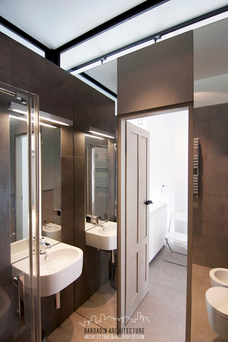 Bardadin Architecture Industrial style bathroom