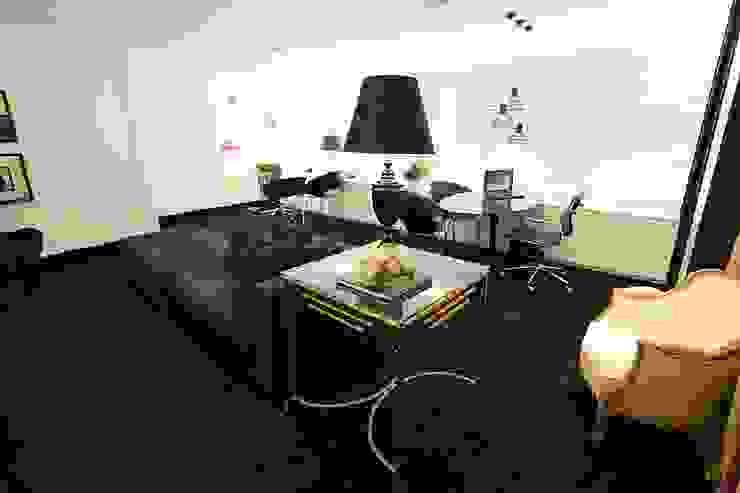 Lounge Espaços comerciais clássicos por Piloni Arquitetura Clássico