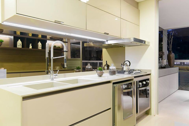 Cocinas de estilo moderno de Arquiteta Karlla Menezes - Arquitetura & Interiores Moderno