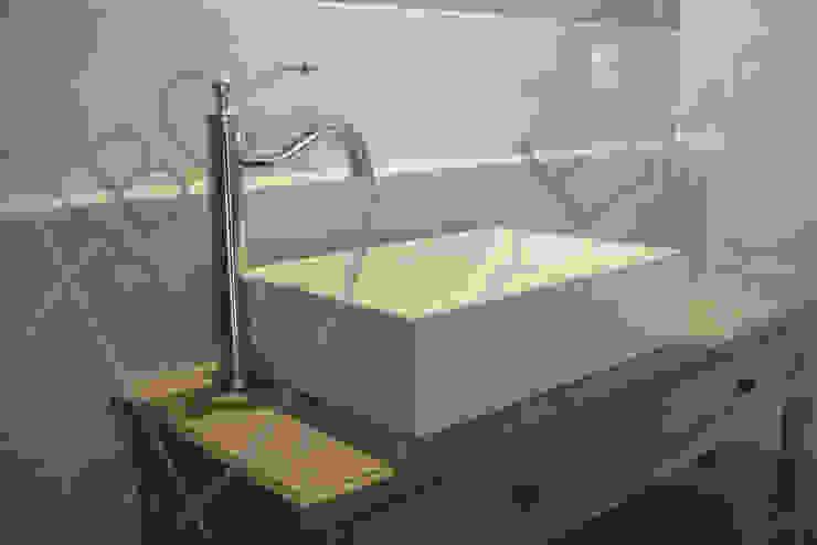 ABC Design d'Espace Rustic style bathrooms