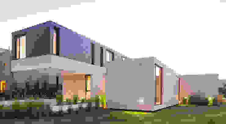 Rumah oleh ACArqs, Modern