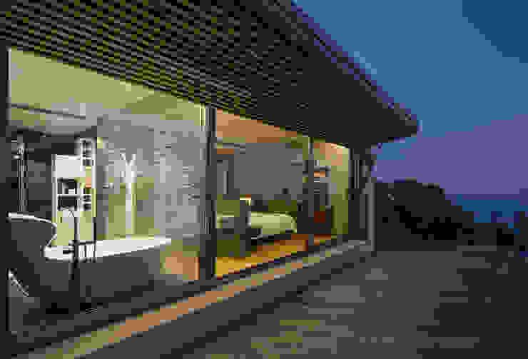 Projekty,  Domy zaprojektowane przez Simon Garcia | arqfoto, Nowoczesny