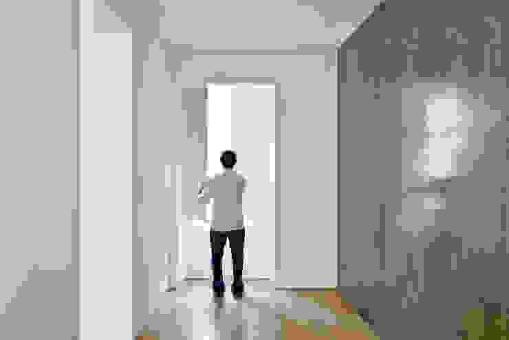 Apartamento no Restelo Janelas e portas modernas por phdd arquitectos Moderno