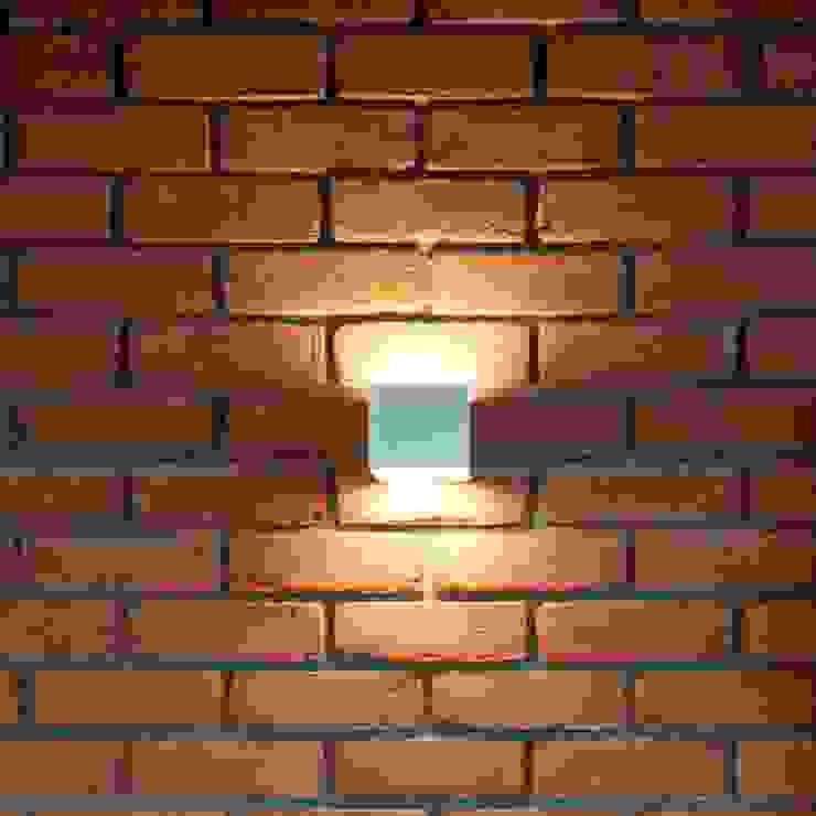 19 Dzielnica Nowoczesny salon od FusionDesign Nowoczesny Cegły