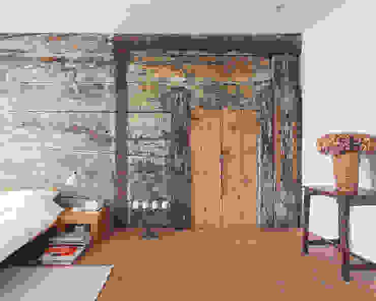 Rustic style bedroom by meier architekten zürich Rustic Solid Wood Multicolored