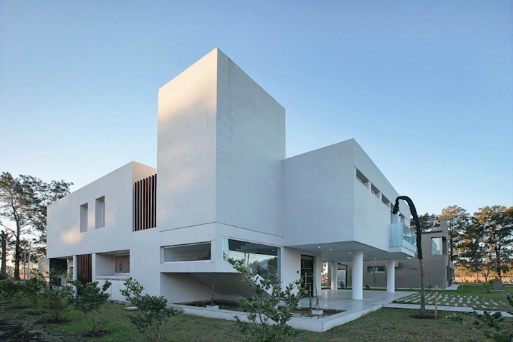 Modern houses by Pablo Anzilutti | Arquitecto Modern