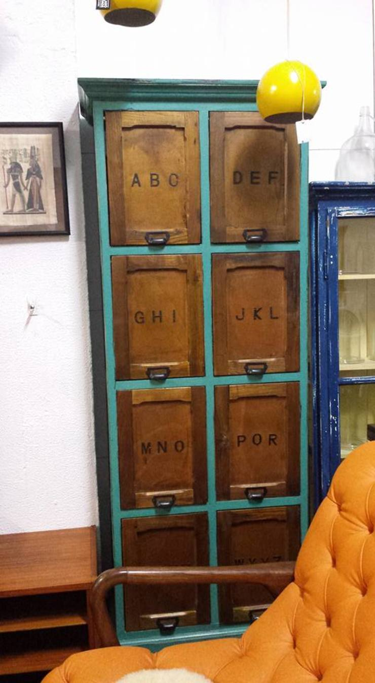 Mercado do Vintage:  industrial por Mercado do Vintage -Peças com história Lda,Industrial