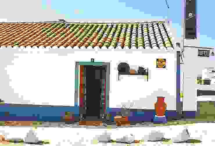 country  by Rita Morais - Oficina do Barro, Country