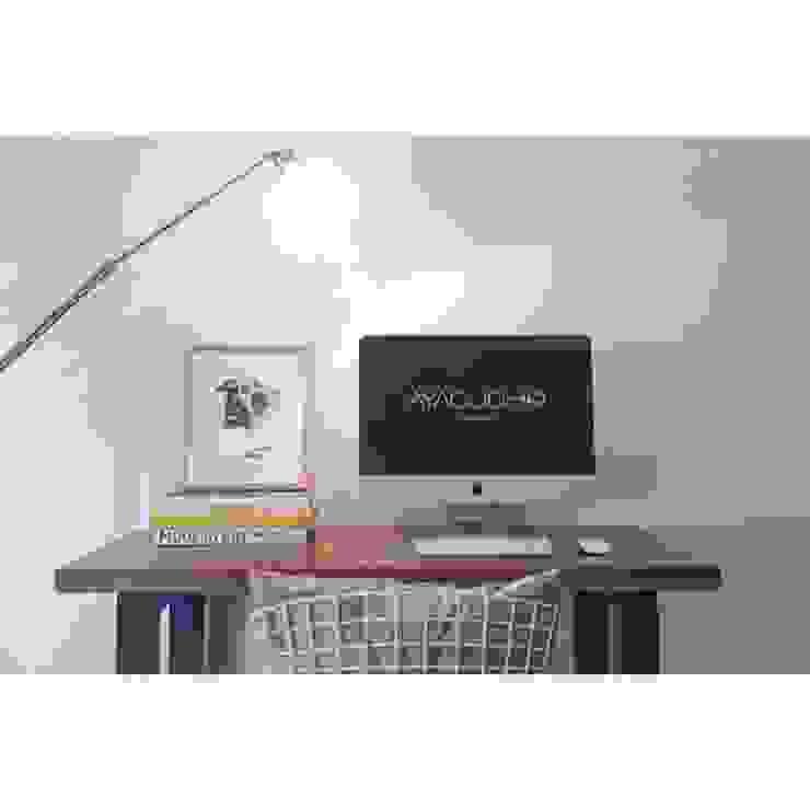 Oficinas de estilo moderno de Ayacucho estudio Moderno