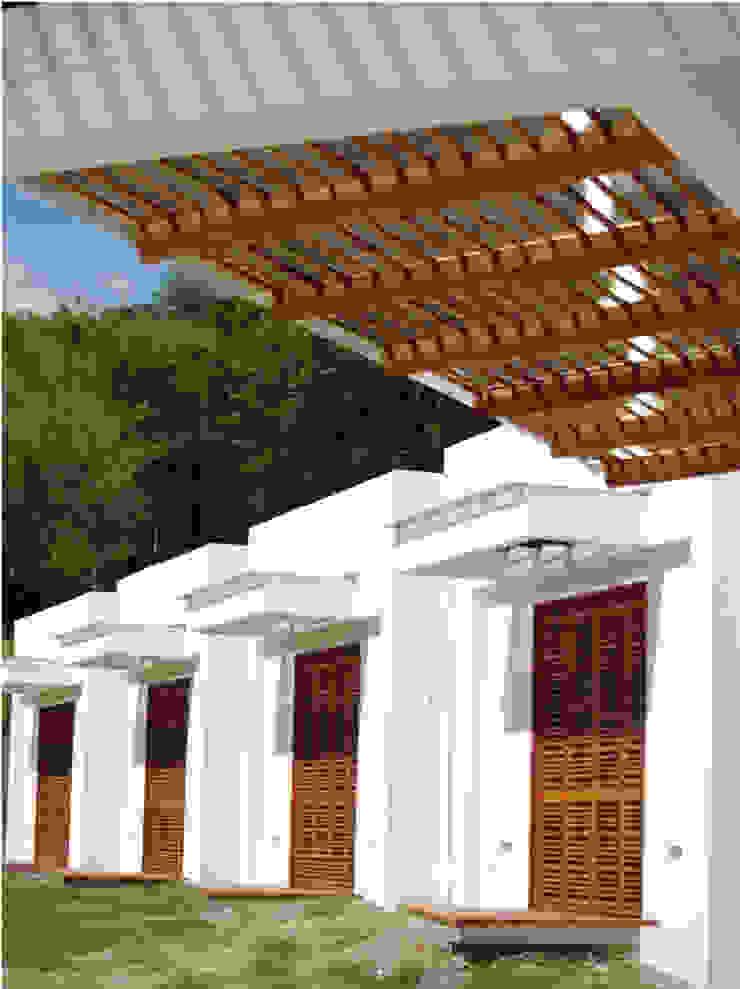 CASA BARBATUSCOS Balcones y terrazas de estilo moderno de Terra Arquitectura Moderno
