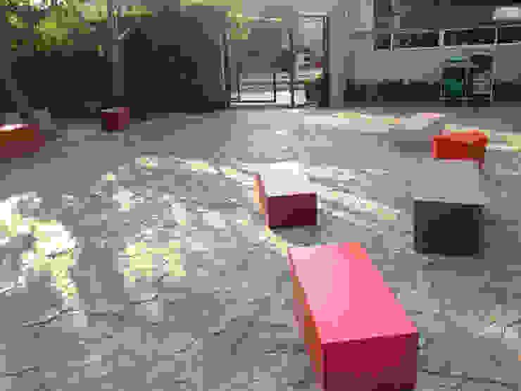 Canchas CIM Jardines modernos de ARCO Arquitectura Contemporánea Moderno