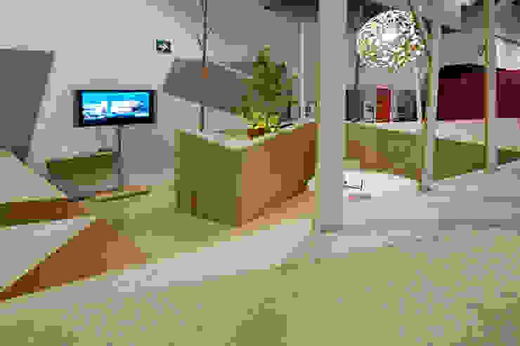 Pabellon Tendencias Elemento Tierra Balcones y terrazas modernos de ARCO Arquitectura Contemporánea Moderno