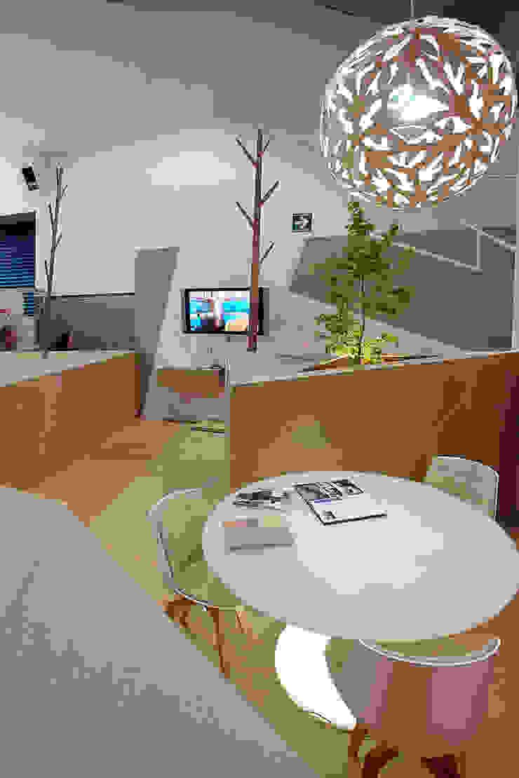 Pabellon Tendencias Elemento Tierra Salones modernos de ARCO Arquitectura Contemporánea Moderno