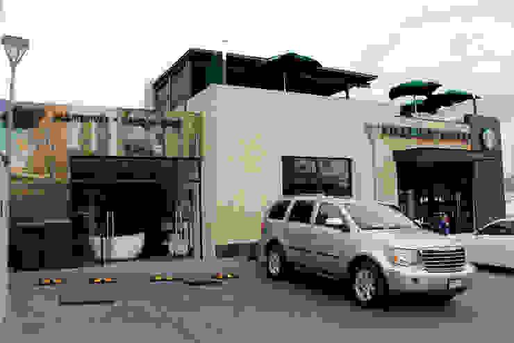 Plaza Santa Monica de ARCO Arquitectura Contemporánea Moderno