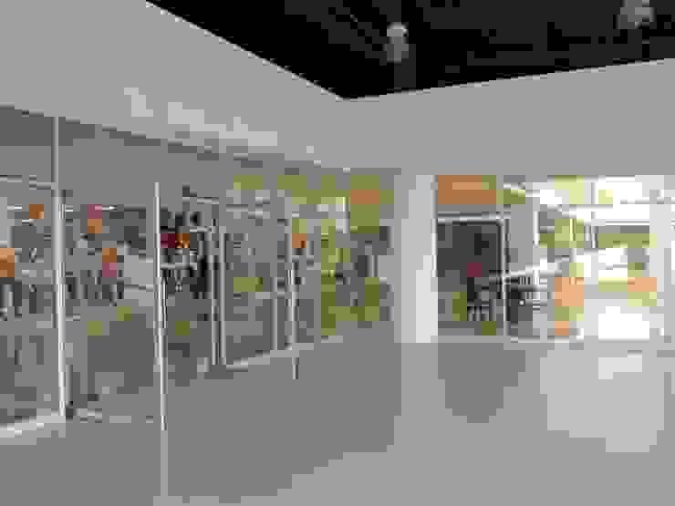 Ford Gimsa Atlacomulco de L+arq Architecture Design Studio Ecléctico