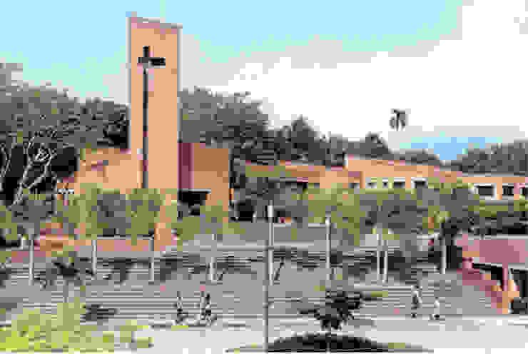 Proyectos destacados de Ortiz Campo y Cia Moderno