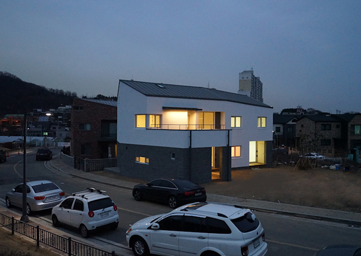 광명주택 모던스타일 주택 by IDÉEAA _ 이데아키텍츠 모던