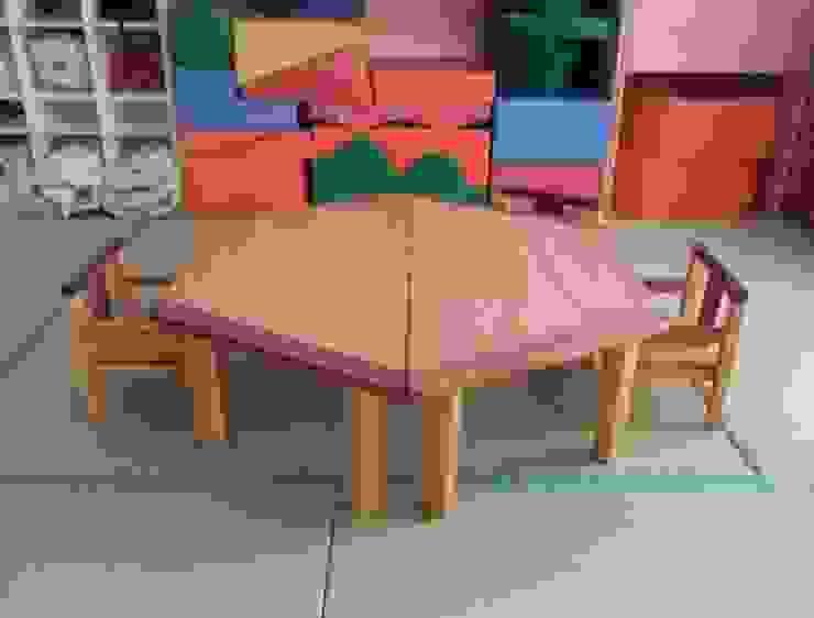 キッズテーブル: ZOOが手掛けた折衷的なです。,オリジナル