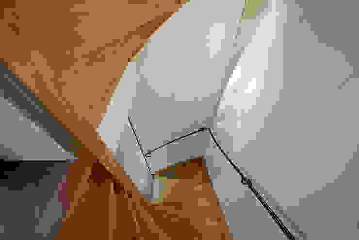 Bergstraat Eclectische gangen, hallen & trappenhuizen van Architectenbureau Vroom Eclectisch