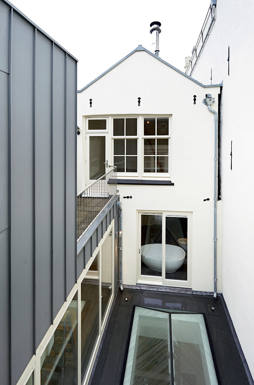 Architectenbureau Vroom Mediterranean style house
