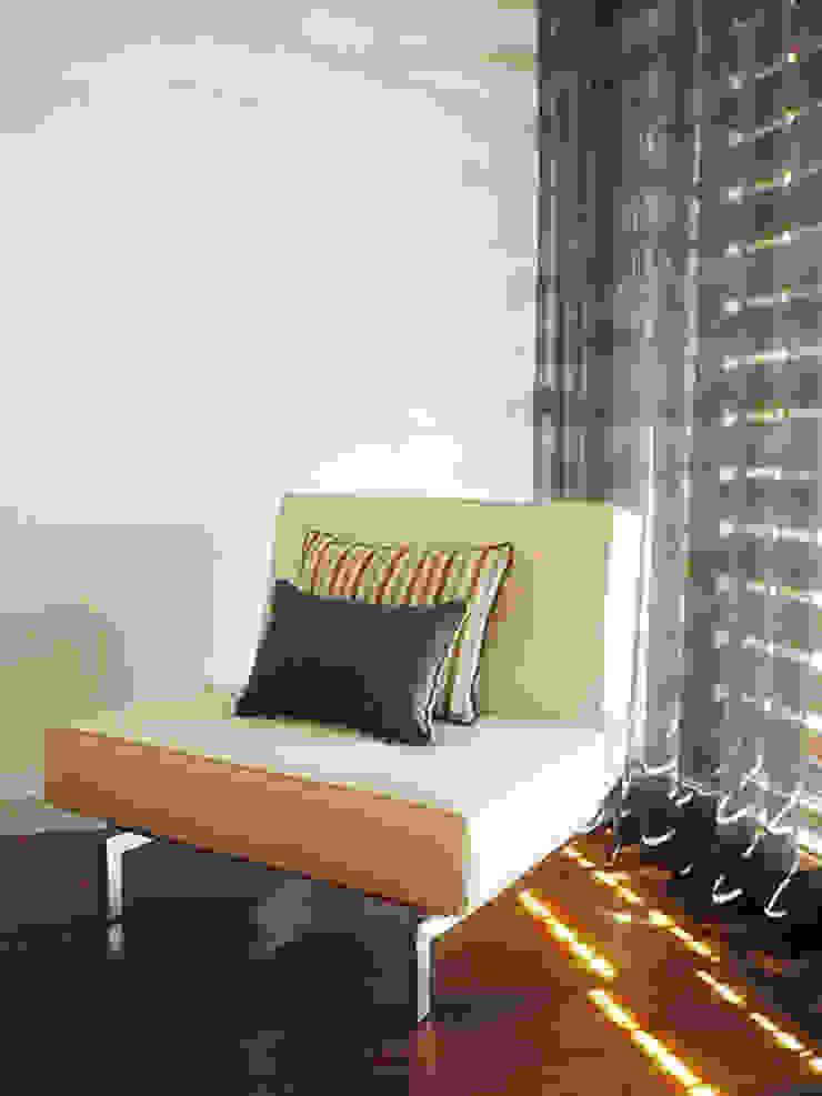 Kohde Modern style bedroom