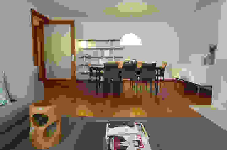 Apartamento Matosinhos Sul Salas de jantar modernas por Kohde Moderno
