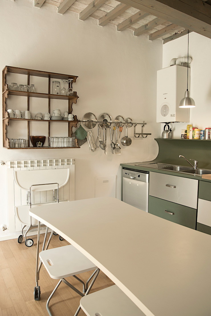 Cozinhas modernas por Studio Sarpi Moderno