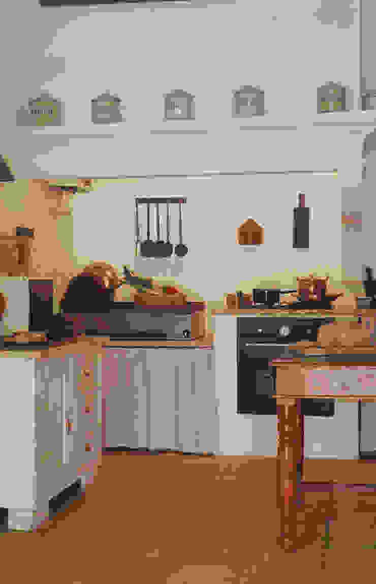 Cozinha Cozinhas rústicas por Stoc Casa Interiores Rústico