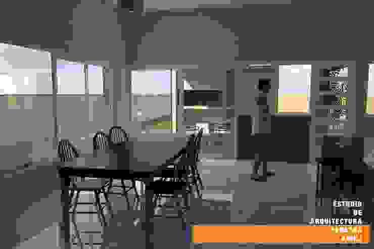CASA GP Comedores minimalistas de Estudio de Arquitectura Pereyra Kohli Minimalista