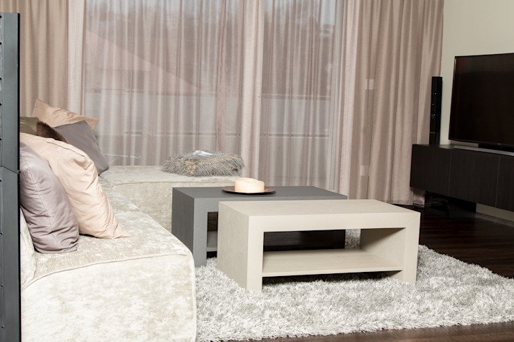 Création d'un appartement en copropriété Salon moderne par CSInterieur Moderne