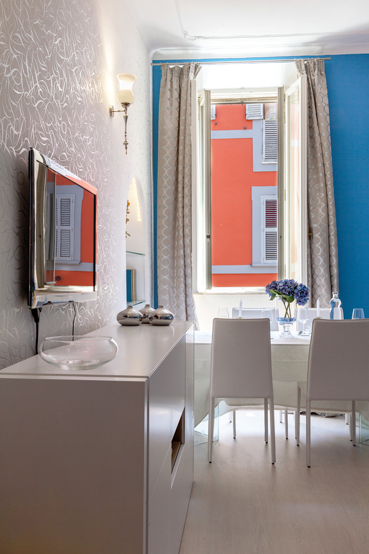 Tania Mariani Architecture & Interiors Ruang Keluarga Gaya Eklektik Metal Multicolored
