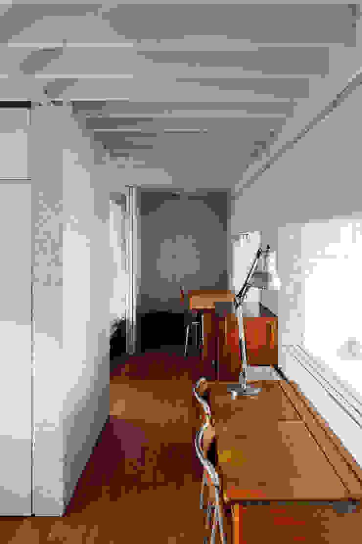K-HOUSE モダンデザインの 子供部屋 の 株式会社長野聖二建築設計處 モダン