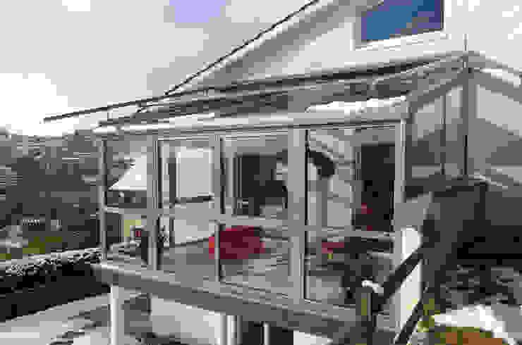 Eco Wintergärten Modern style conservatory Aluminium/Zinc