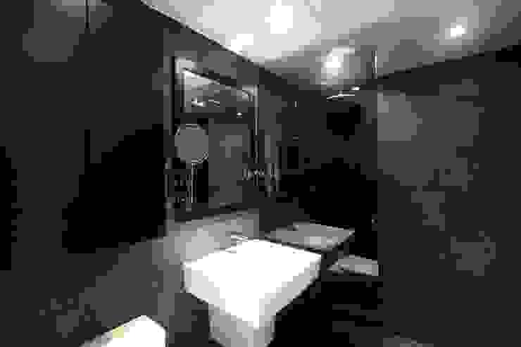 홍예디자인 Modern Bathroom