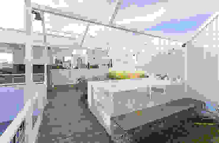 Varandas, alpendres e terraços modernos por Marantz Arquitectura Moderno