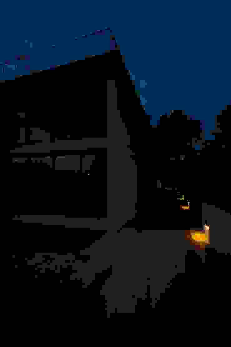 Casas Beiriz Casas minimalistas por GMAISNV, LDA Minimalista