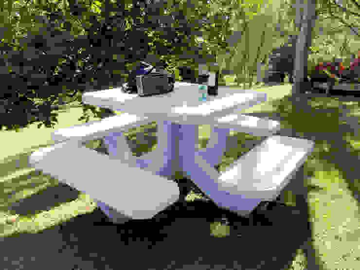 Mesa en concreto de cimbrados Moderno